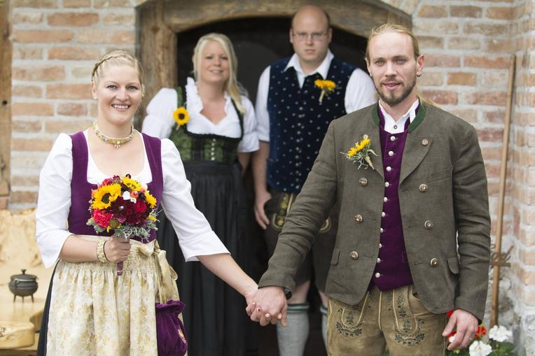 Super Hochzeit / Trachtundbraut - Home - Tracht und Braut - Helene Mayr CV42